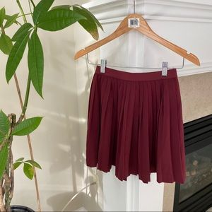 H&M Red Pleated Mini Skirt